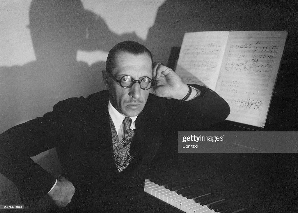 Igor Stravinsky - Conducts 1961