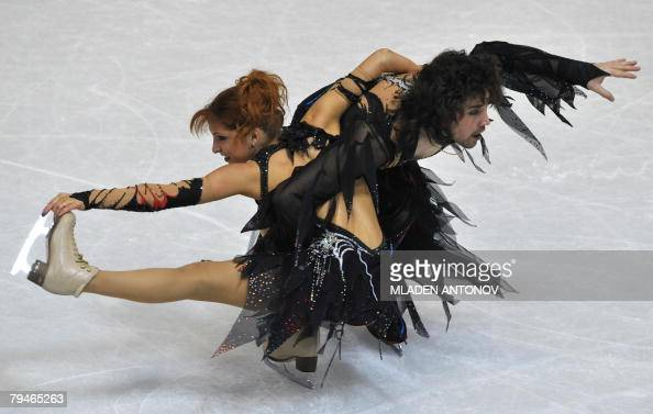 Russia's Jana Khokhlova and Sergei Novitski perform their free dance at the Dom Sportova Arena in Zagreb 25 January 2008 during the European Figure...