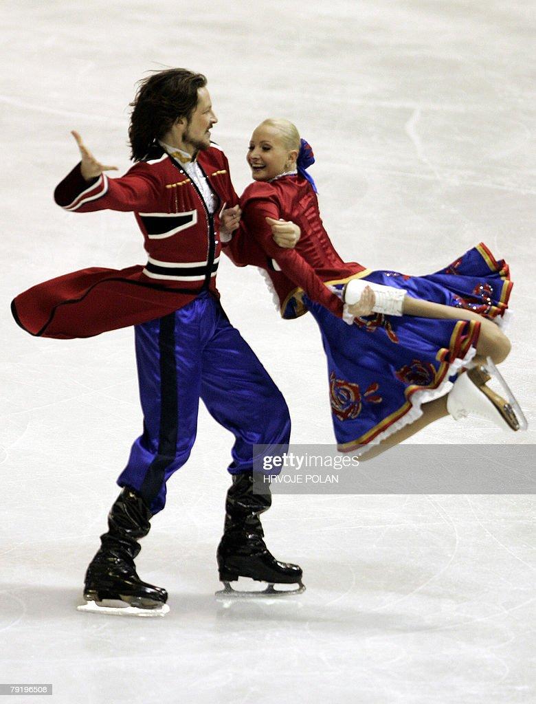 Russia's Okasana Dommina and Maxim Shabalin perform their original dance at the Dom Sportova Arena in Zagreb, 24 January 2008, during the European Figure Skating Championships 2008.