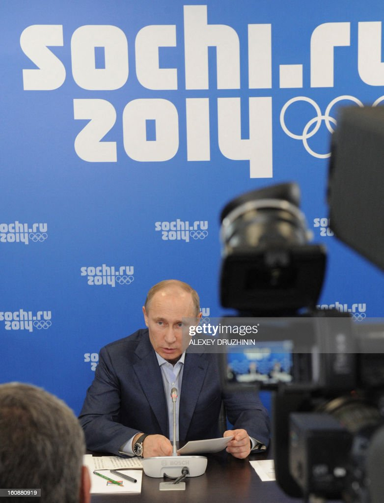 Russia's President Vladimir Putin chairs a meeting on the construction of the Olympic venues in the Black Sea city of Sochi, on February 7, 2013. Putin fired today a top official for delays in the construction of infrastructure for the 2014 Sochi Olympic Games as Russia began the one-year countdown to the opening. AFP PHOTO / RIA-NOVOSTI/ POOL/ ALEXEY DRUZHININ