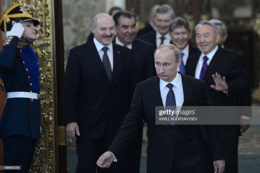 Russia's President Vladimir Putin (front) meeting the leaders ex-Soviet nations in the Kremlin in Moscow, on December 19, 2012. Russia sought today to expand its sway over ex-Soviet nations as it hosted economic integration talks Washington has painted as an attempt by Moscow to 're-Sovietise' the region. AFP PHOTO / POOL / KIRILL KUDRYAVTSEV