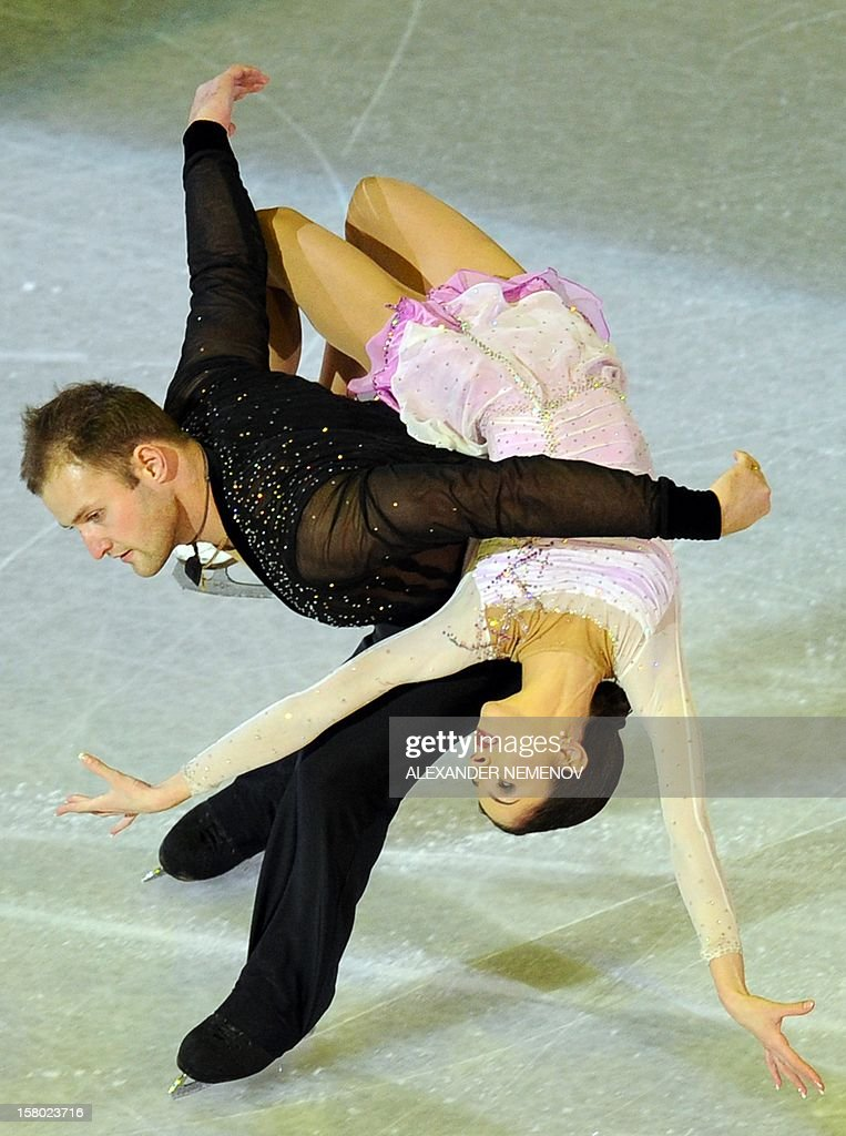 Russia's Vera Bazarova and Yuri Larionov perform during gala exhibition at the ISU Grand Prix of Figure Skating Final in Sochi on December 9, 2012.