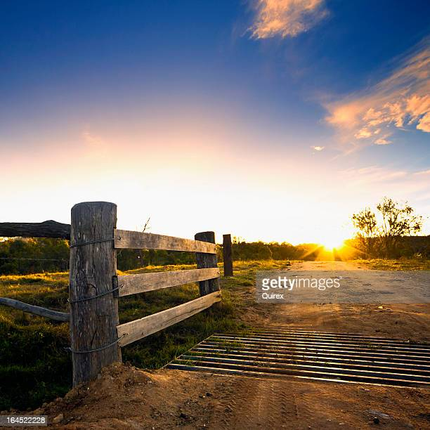 ゲート、素朴な田舎の農場