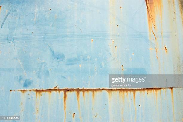Rusty blauem Hintergrund