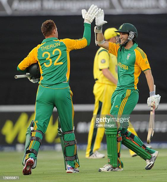 Rusty Theron and Wayne Parnell of South Africa celebrate during the second Twenty20 international match between South Africa and Australia at Bidvest...