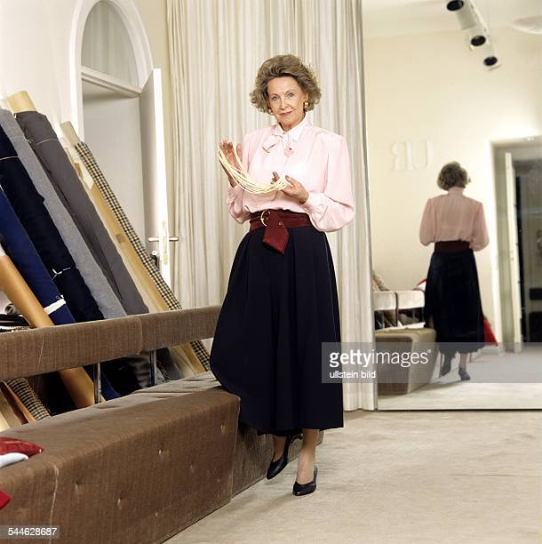 Uli richter stock photos and pictures getty images for Garderobe junge