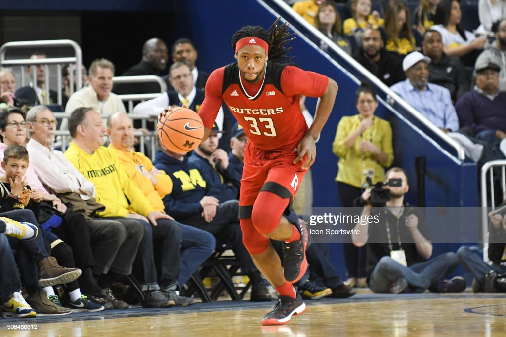 Rutgers Scarlet Knights forward Deshawn Freeman (33) brings the ball up court for a fast break during the Michigan Wolverines game versus the Rutgers Scarlet Knights on Sunday January 21, 2018 at Crisler Center Field in Ann Arbor, MI.