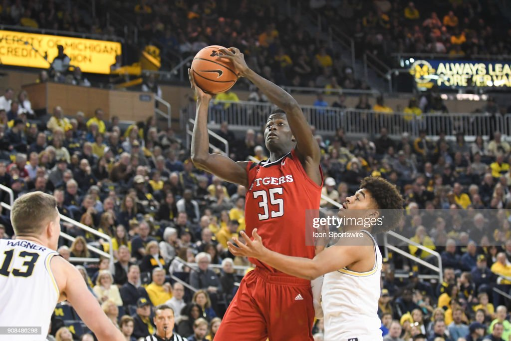Rutgers Scarlet Knights guard Issa Thiam (35) shoots a short jumper during the Michigan Wolverines game versus the Rutgers Scarlet Knights on Sunday January 21, 2018 at Crisler Center Field in Ann Arbor, MI.