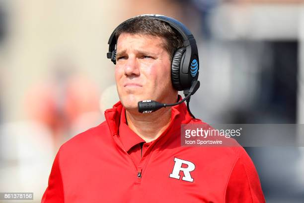 Rutgers Scarlet Knights head coach Chris Ash looks on during the game between the Rutgers Scarlet Knights and the Illinois Fighting Illini on October...