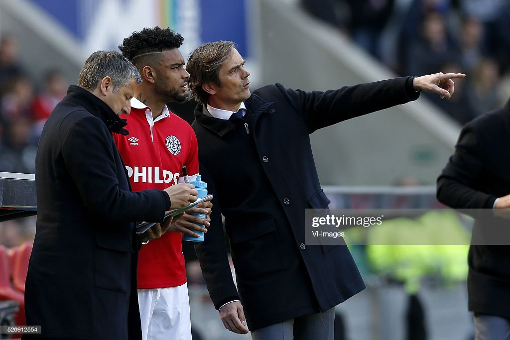 , Ruud Brood of PSV, Jurgen Locadia of PSV, Coach Phillip Cocu of PSV during the Dutch Eredivisie match between PSV Eindhoven and SC Cambuur Leeuwarden at the Phillips stadium on May 01, 2016 in Eindhoven, The Netherlands