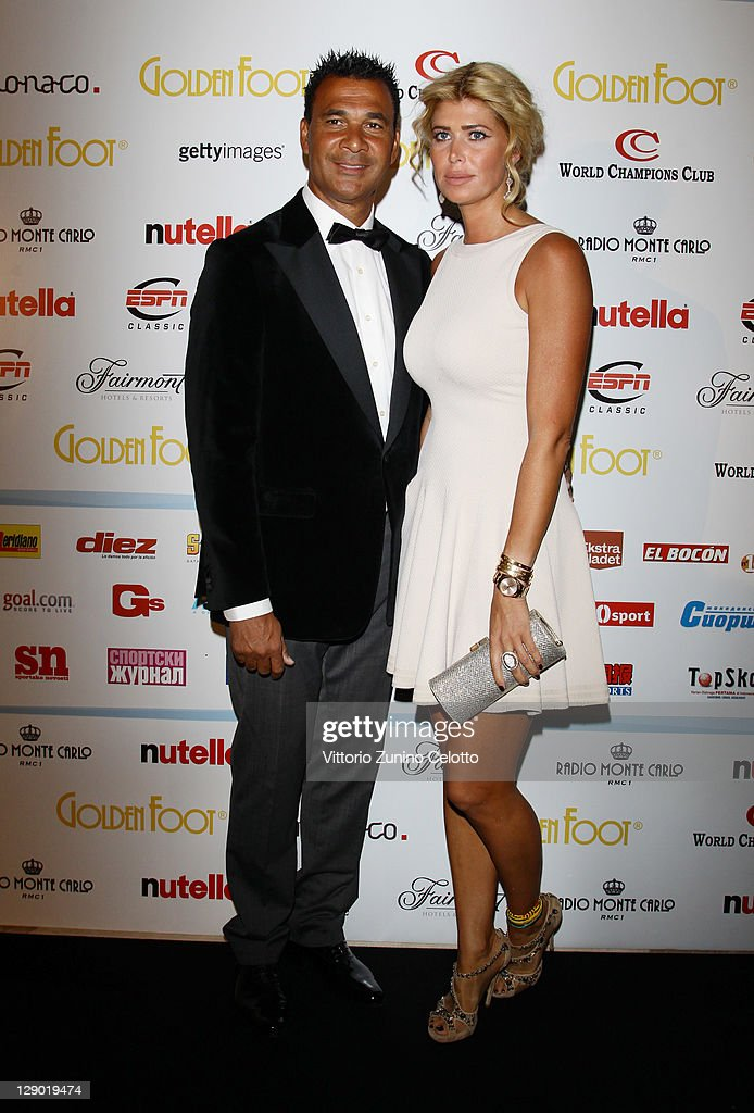 <a gi-track='captionPersonalityLinkClicked' href=/galleries/search?phrase=Ruud+Gullit&family=editorial&specificpeople=2104975 ng-click='$event.stopPropagation()'>Ruud Gullit</a> and wife Estelle Cruijff attend the Golden Foot Ceremony Awards on October 10, 2011 in Monaco, Monaco.