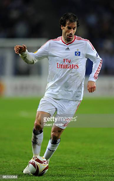 Ruud van Nistelrooy of Hamburg runs with the ball during the UEFA Europa League quarter final first leg match between Hamburger SV and Standard Liege...