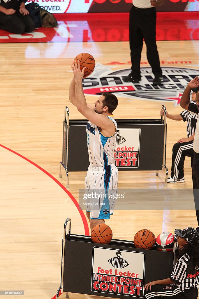 Ryan Anderson #33 of the New Orleans Hornets shoots during the 2013 Foot Locker Three-Point Contest as part of NBA All-Star Saturday Night presented by State Farm on February 16, 2013 at the Toyota Center in Houston, Texas.