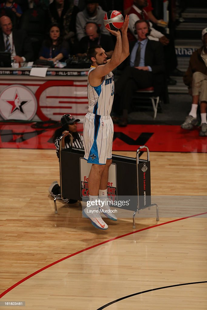 Ryan Anderson #33 of the New Orleans Hornets takes a three point shot during 2013 Foot Locker Three-Point Contest on State Farm All-Star Saturday Night as part of 2013 NBA All-Star Weekend on February 16, 2013 at Toyota Center in Houston, Texas.