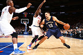 Ryan Anderson of the New Orleans Pelicans drives to the basket against the New York Knicks during the game on November 15 2015 at Madison Square...