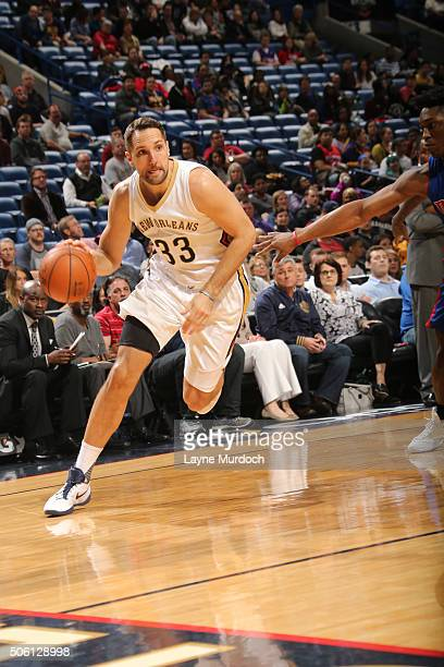 Ryan Anderson of the New Orleans Pelicans drives to the basket against the Detroit Pistons on January 21 2016 at the Smoothie King Center in New...