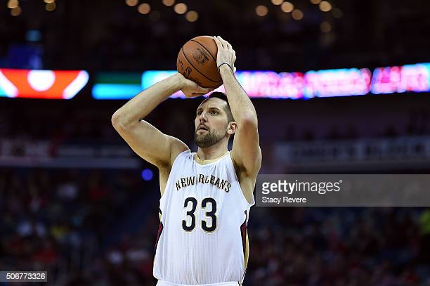 Ryan Anderson of the New Orleans Pelicans shoots a three point shot during the first half of a game against the Houston Rockets at the Smoothie King...