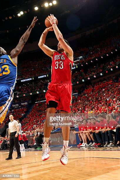 Ryan Anderson of the New Orleans Pelicans shoots against the Golden State Warriors in Game Three of the Western Conference Quarterfinals during the...
