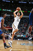 Ryan Anderson of the New Orleans Pelicans shoots the ball against the Philadelphia 76ers on February 19 2016 at the Smoothie King Center in New...