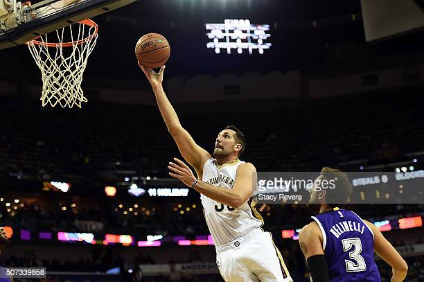 Ryan Anderson of the New Orleans Pelicans takes a shot during the first half of a game against the Sacramento Kings at the Smoothie King Center on...