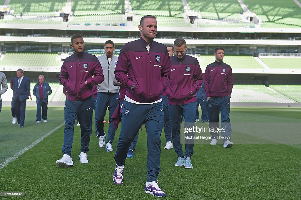 Ryan Bertrand Chris Smalling Wayne Rooney Tom Cleverley and Gary Cahill look on during a team walk around at the Aviva Stadium on June 6 2015 in...
