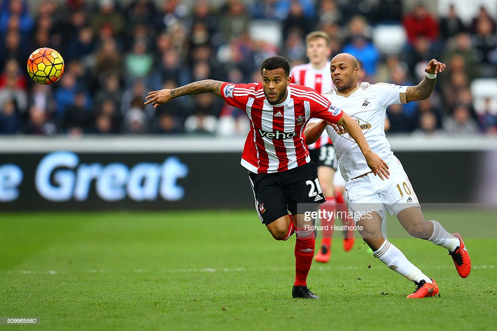 <a gi-track='captionPersonalityLinkClicked' href=/galleries/search?phrase=Ryan+Bertrand&family=editorial&specificpeople=1820135 ng-click='$event.stopPropagation()'>Ryan Bertrand</a> of Southampton and Andre Ayew of Swansea City compete for the ball during the Barclays Premier League match between Swansea City and Southampton at Liberty Stadium on February 13, 2016 in Swansea, Wales.
