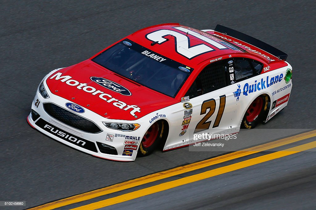 <a gi-track='captionPersonalityLinkClicked' href=/galleries/search?phrase=Ryan+Blaney&family=editorial&specificpeople=8626930 ng-click='$event.stopPropagation()'>Ryan Blaney</a>, driver of the #21 Motorcraft/Quick Lane Tire & Auto Center Ford, drives during qualifying for the NASCAR Sprint Cup Series Daytona 500 at Daytona International Speedway on February 14, 2016 in Daytona Beach, Florida.