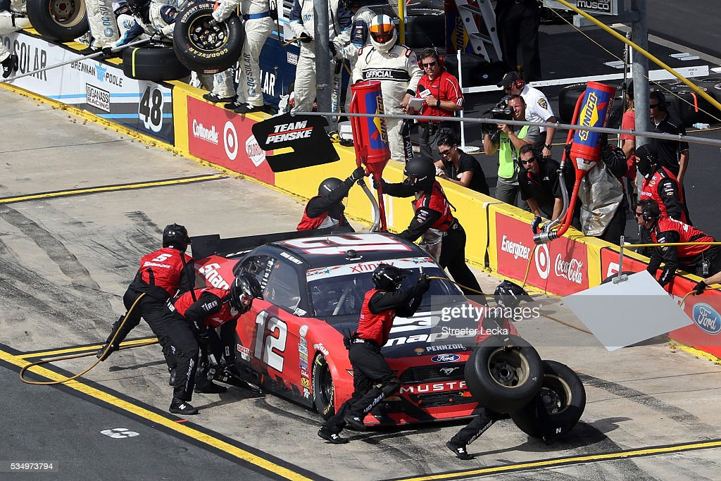 <a gi-track='captionPersonalityLinkClicked' href=/galleries/search?phrase=Ryan+Blaney&family=editorial&specificpeople=8626930 ng-click='$event.stopPropagation()'>Ryan Blaney</a>, driver of the #12 Snap-on Ford, pits during the NASCAR XFINITY Series Hisense 300 at Charlotte Motor Speedway on May 28, 2016 in Charlotte, North Carolina.