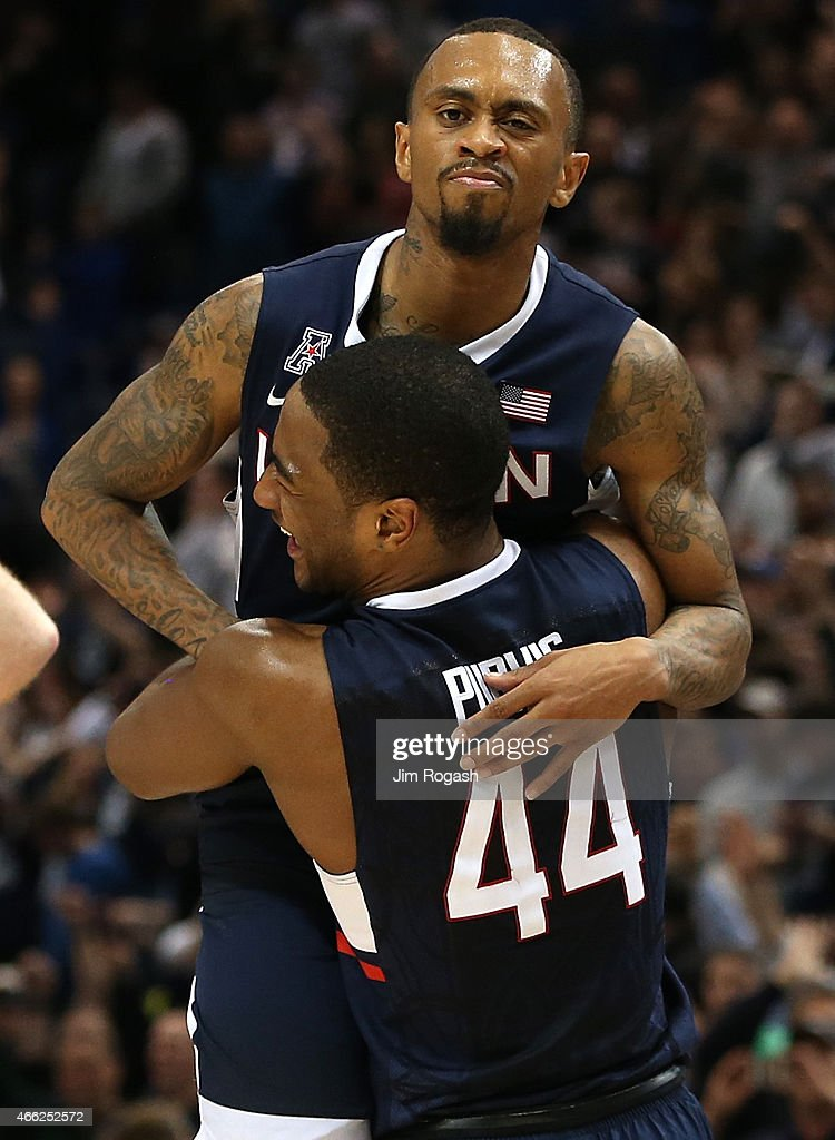 <a gi-track='captionPersonalityLinkClicked' href=/galleries/search?phrase=Ryan+Boatright&family=editorial&specificpeople=8698049 ng-click='$event.stopPropagation()'>Ryan Boatright</a> #11 of the Connecticut Huskies celebrates with Rodney Purvis #44 after defeating Tulsa Golden Hurricanes during the semifinal game of the 2015 AAC Championships at the XL Center on March, 14, 2015 in Hartford, Connecticut.