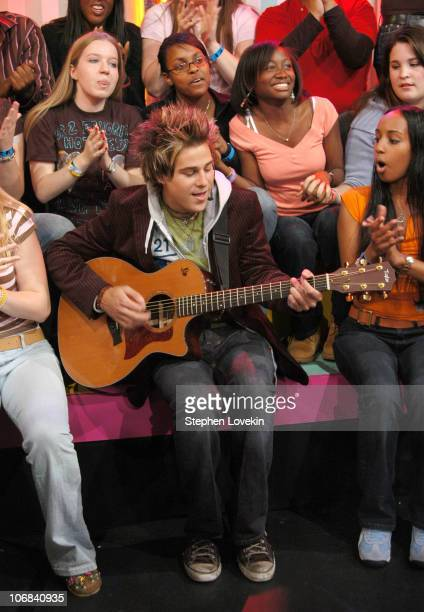 Ryan Cabrera and audience during Lil' Jon and The East Side Boyz Ryan Cabrera and Adam Brody Visit MTV's 'TRL' November 11 2004 at MTV Studios in New...