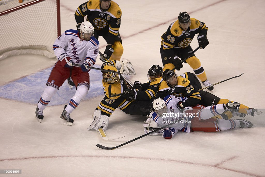 Ryan Callahan Chris Kelly New York Rangers vs. Boston Bruins game action TD Garden/Boston , MA Michael J. Clarke F346 )