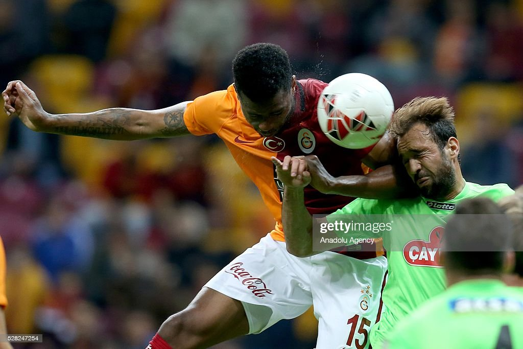 Ryan Donk (L) of Galatasaray in an action during the during Ziraat Turkish Cup Semi Final second leg football match between Galatasaray and Caykur Rize Spor at Turk Telekom Arena in Istanbul, Turkey on May 4, 2016.