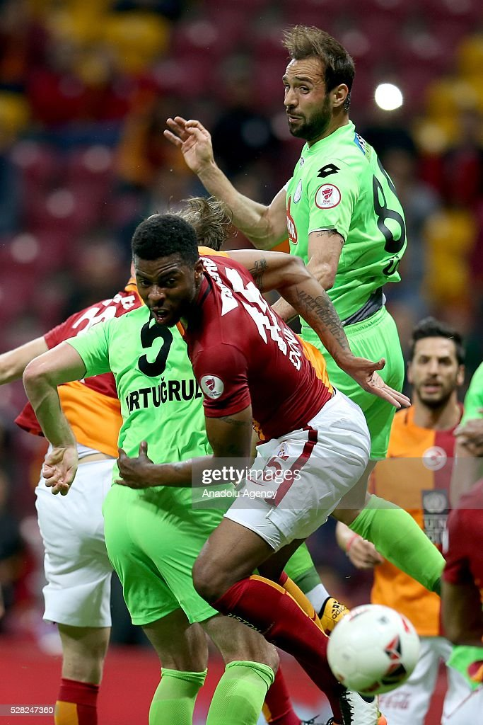 Ryan Donk (C) of Galatasaray in an action during the during Ziraat Turkish Cup Semi Final second leg football match between Galatasaray and Caykur Rize Spor at Turk Telekom Arena in Istanbul, Turkey on May 4, 2016.