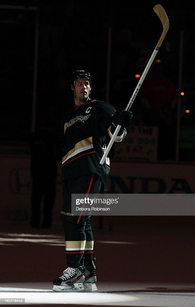 Ryan Getzlaf #15 of the Anaheim Ducks acknowledges the fans after the win over the Columbus Blue Jackets on February 18, 2013 at Honda Center in Anaheim, California.