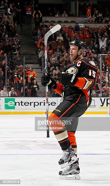 Ryan Getzlaf of the Anaheim Ducks celebrates his first period goal during the game against the Philadelphia Flyers on December 27 2015 at Honda...