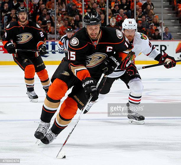 Ryan Getzlaf of the Anaheim Ducks handles the puck against the Chicago Blackhawks in Game Seven of the Western Conference Finals during the 2015 NHL...
