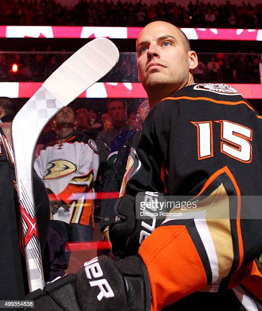 Ryan Getzlaf of the Anaheim Ducks looks on during the national anthem before the game against the Vancouver Canucks on November 30 2015 at Honda...