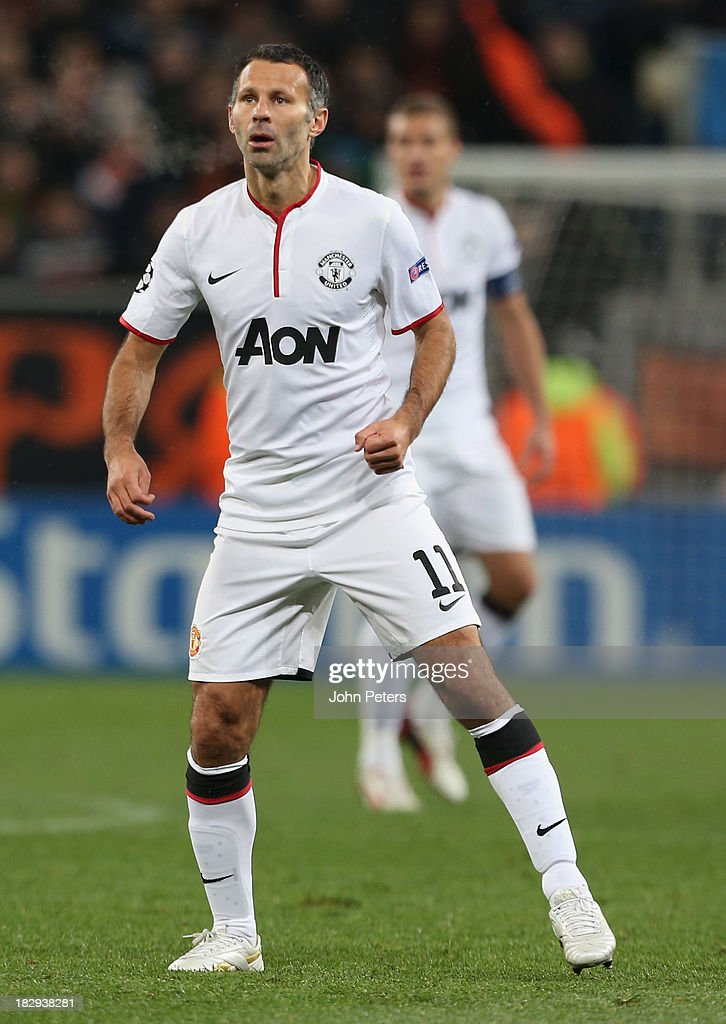 <a gi-track='captionPersonalityLinkClicked' href=/galleries/search?phrase=Ryan+Giggs&family=editorial&specificpeople=201666 ng-click='$event.stopPropagation()'>Ryan Giggs</a> of Manchester United in action during the UEFA Champions League Group A match between Shakhtar Donetsk and Manchester United at Donbass Arena on October 2, 2013 in Donetsk, Ukraine.