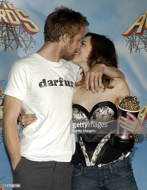 Ryan Gosling and Rachel McAdams during 2005 MTV Movie Awards Press Room at Shrine Auditorium in Los Angeles California United States