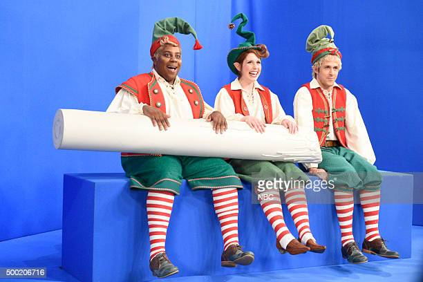 LIVE 'Ryan Gosling' Episode 1690 Pictured Kenan Thompson Vanessa Bayer and Ryan Gosling during the 'Santa The Elves' sketch on December 5 2015
