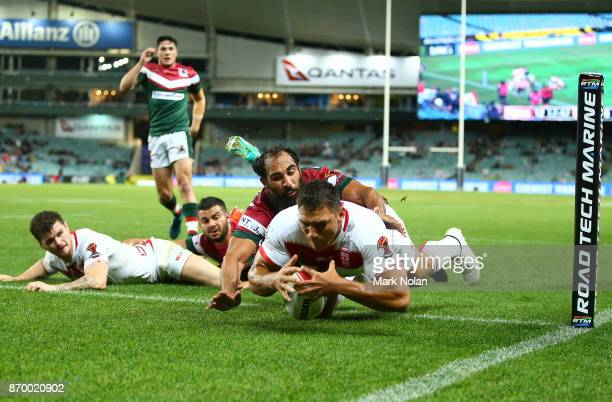 Ryan Hall of England dives to score a try during the 2017 Rugby League World Cup match between England and Lebanon at Allianz Stadium on November 4...