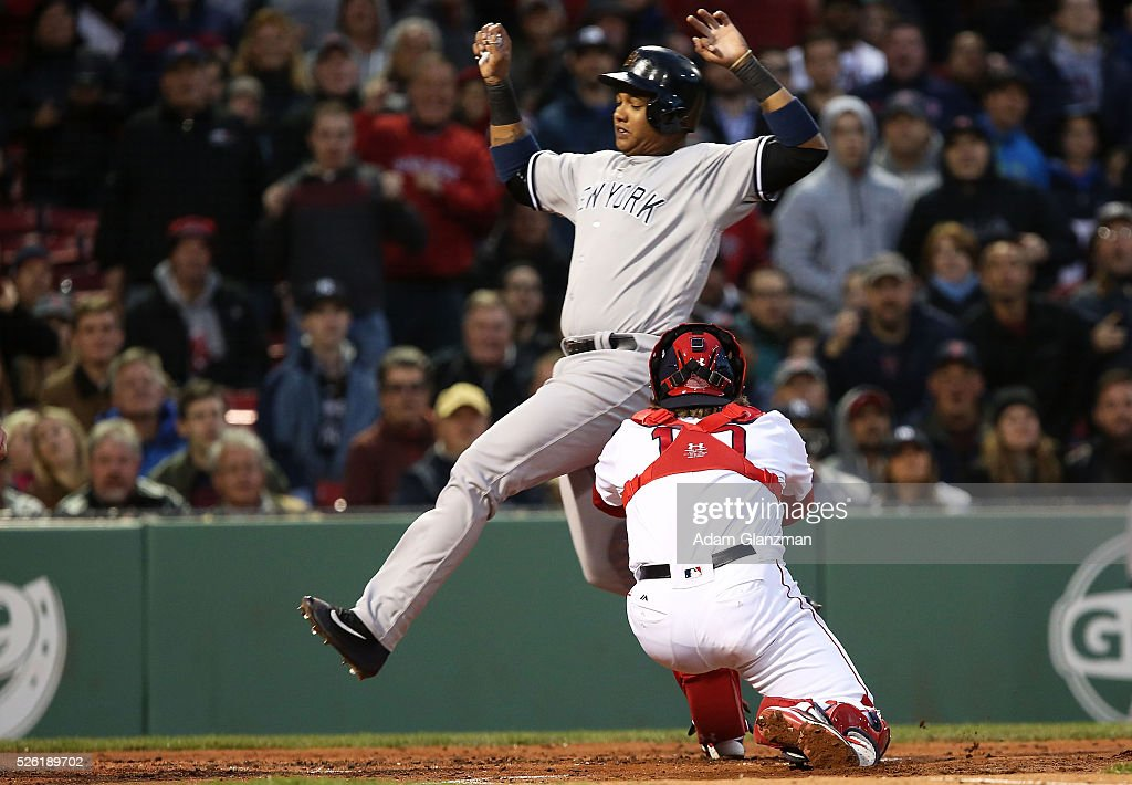 <a gi-track='captionPersonalityLinkClicked' href=/galleries/search?phrase=Ryan+Hanigan&family=editorial&specificpeople=833982 ng-click='$event.stopPropagation()'>Ryan Hanigan</a> #10 of the Boston Red Sox tags out <a gi-track='captionPersonalityLinkClicked' href=/galleries/search?phrase=Starlin+Castro&family=editorial&specificpeople=5970945 ng-click='$event.stopPropagation()'>Starlin Castro</a> #14 of the New York Yankees at home plate in the second inning at Fenway Park on April 29, 2016 in Boston, Massachusetts.