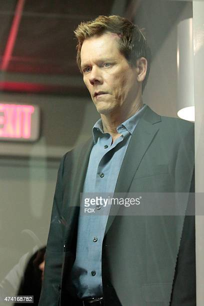 Ryan Hardy watches Joe Carroll's execution in the 'Evermore' episode of THE FOLLOWING airing Monday April 27 2015 on FOX