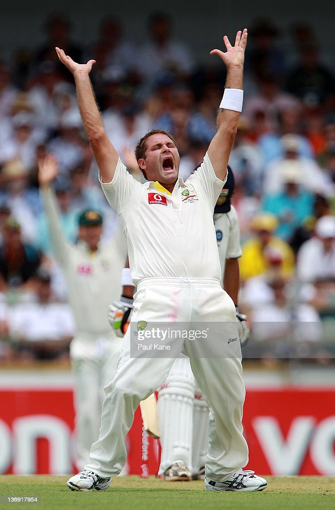 Ryan Harris of Australia appeals unsuccessfuly for the wicket of <a gi-track='captionPersonalityLinkClicked' href=/galleries/search?phrase=Gautam+Gambhir&family=editorial&specificpeople=707703 ng-click='$event.stopPropagation()'>Gautam Gambhir</a> of India during day one of the third Test match between Australia and India at WACA on January 13, 2012 in Perth, Australia.