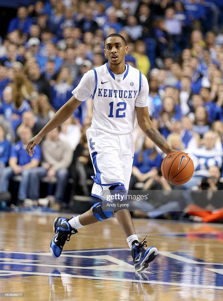 Ryan Harrow #12 of the Kentucky Wildcats dribbles the ball during the game against the Mississippi State Bulldogs at Rupp Arena on February 27, 2013 in Lexington, Kentucky.