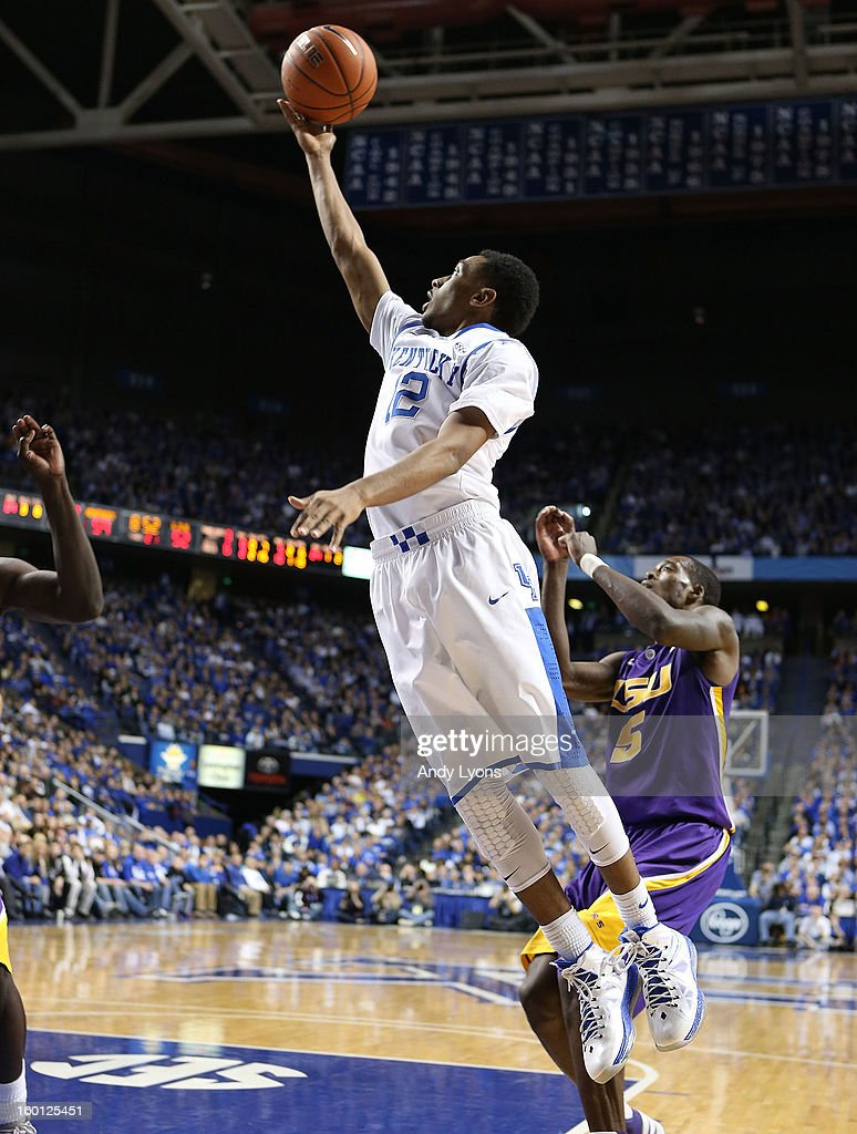 Ryan Harrow #12 of the Kentucky Wildcats shoots the ball during the game against the LSU Tigers at Rupp Arena on January 26, 2013 in Lexington, Kentucky.