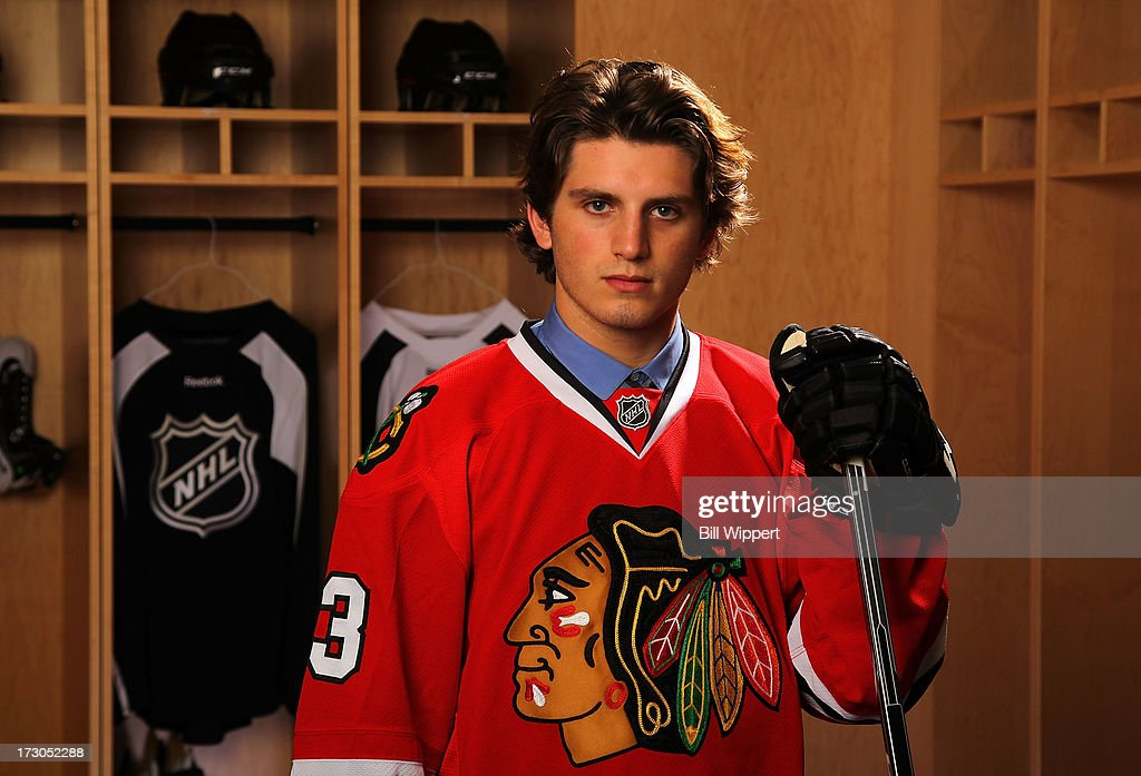 <a gi-track='captionPersonalityLinkClicked' href=/galleries/search?phrase=Ryan+Hartman&family=editorial&specificpeople=9156569 ng-click='$event.stopPropagation()'>Ryan Hartman</a>, 30th pick overall by the Chicago Blackhawks, poses for a portrait during the 2013 NHL Draft at Prudential Center on June 30, 2013 in Newark, New Jersey.