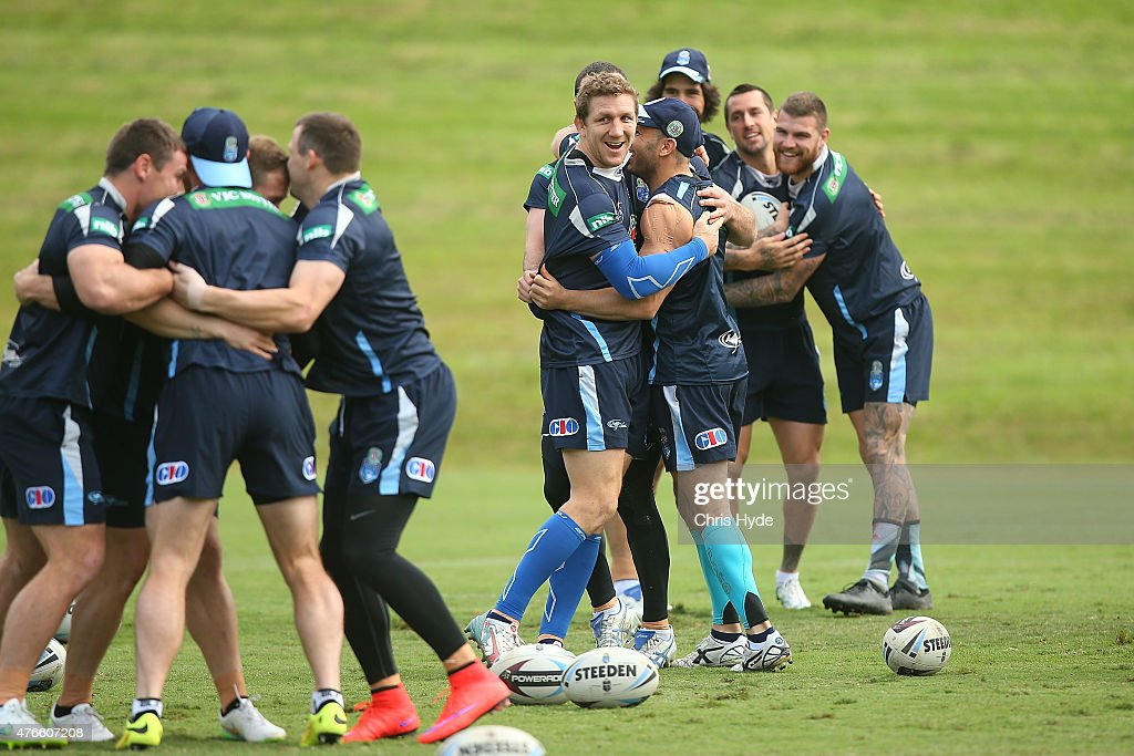 Ryan Hoffman and Robbie Farah warm up during the New South Wales Blues State of Origin team training session at the Novotel on June 11, 2015 in Coffs Harbour, Australia.