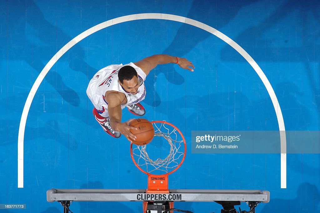 <a gi-track='captionPersonalityLinkClicked' href=/galleries/search?phrase=Ryan+Hollins&family=editorial&specificpeople=182556 ng-click='$event.stopPropagation()'>Ryan Hollins</a> #15 of the Los Angeles Clippers dunks the ball against the Los Angeles Clippers at Staples Center on February 26, 2013 in Los Angeles, California.