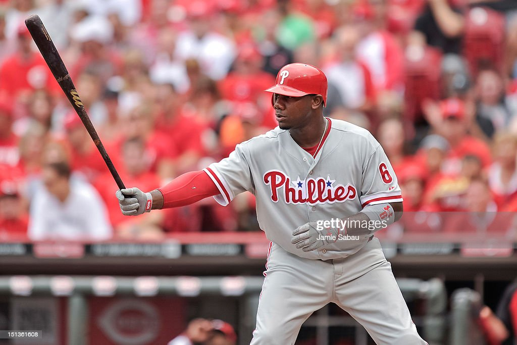 <a gi-track='captionPersonalityLinkClicked' href=/galleries/search?phrase=Ryan+Howard&family=editorial&specificpeople=551402 ng-click='$event.stopPropagation()'>Ryan Howard</a> #6 of the Philadelphia Phillies bats against the Cincinnati Reds at Great American Ball Park on September 3, 2012 in Cincinnati, Ohio.